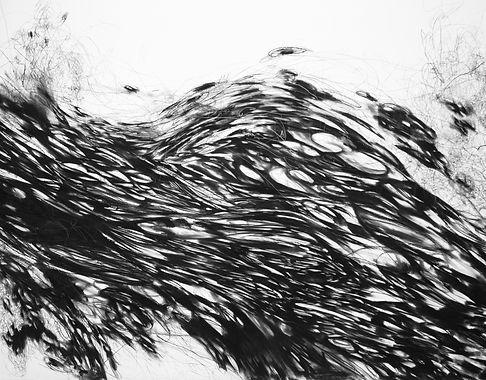 Supercell_150x250cm_carbón_y_grafito_sob