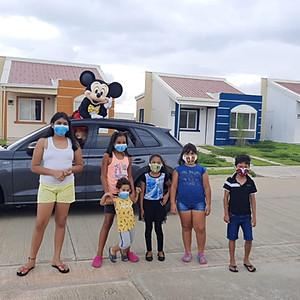 Visita de Mickey y Minnie a Cumbreazul