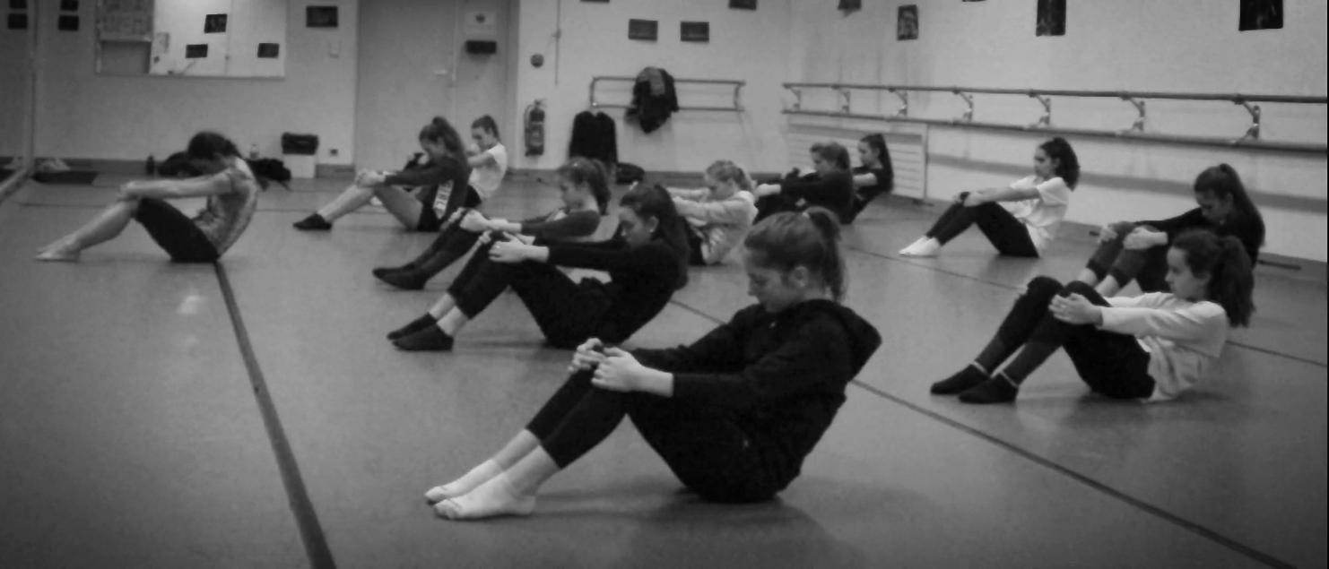 Cours_étirement_danse contemporaine