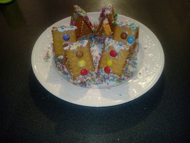 lovely cookie houses