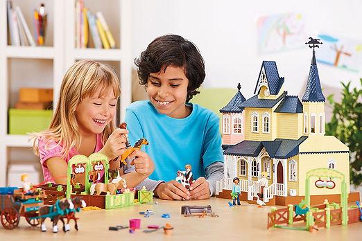 playmobil01.jpg