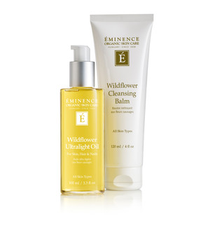WILDFLOWER COLLECTION This multipurpose ultra-lightweight oil for the body is easily absorbed into skin, hair and nails, leaving a smooth satin finish. Ideal for use after bathing, this natural and organic dry oil absorbs quickly, providing sheer moisture to revitalize the skin's appearance.