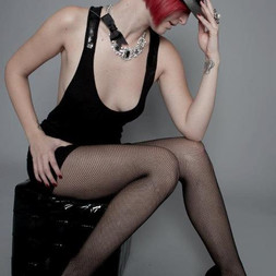 z+with+cabaret+hat.jpg