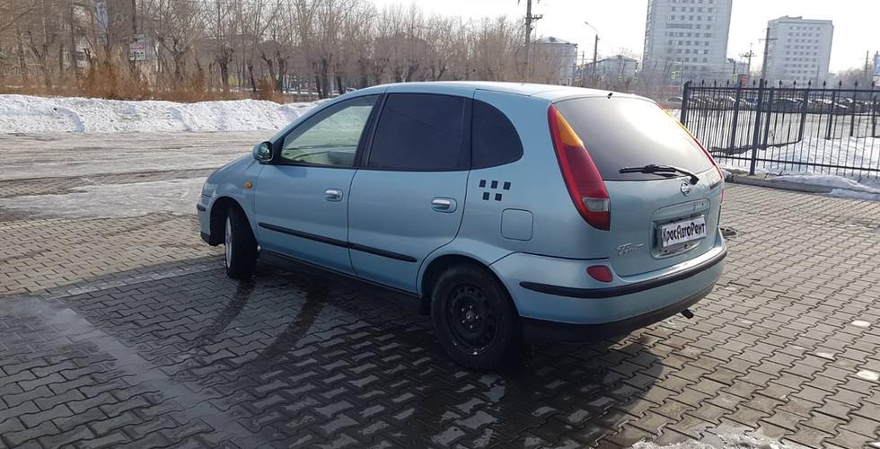 Nissan Tino 2003 г. 800р/сутки