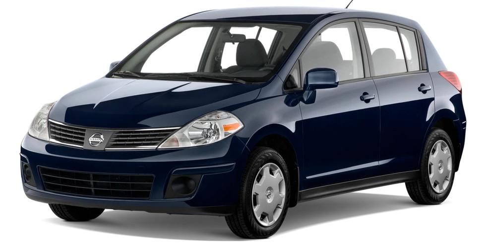 Nissan Tiida 2003 г. 900р/сутки