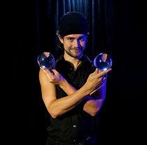 clark the juggler.jpg