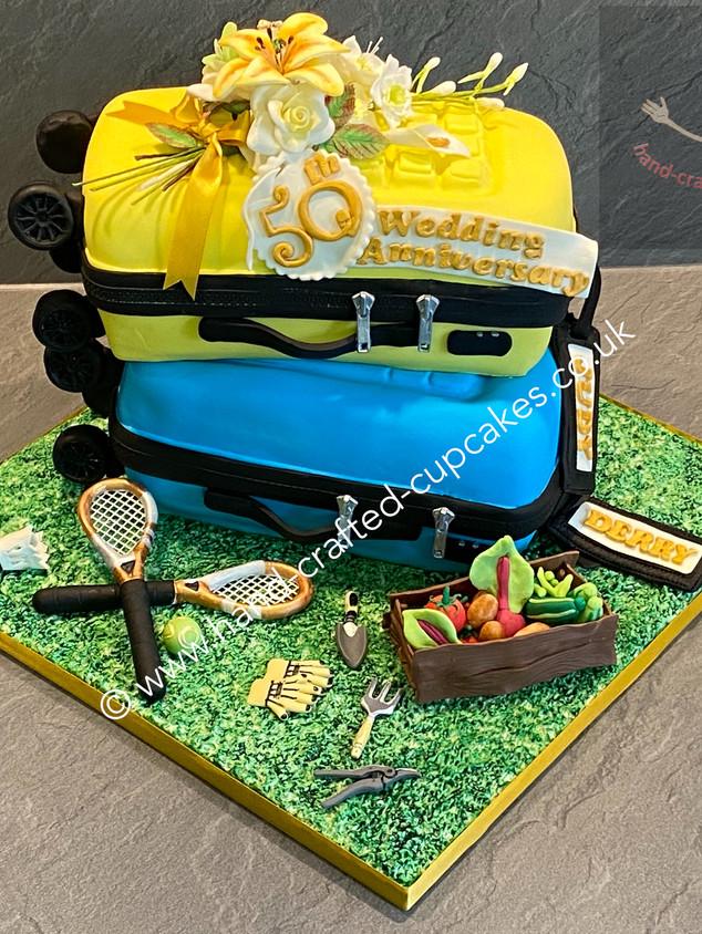 AC-100-Golden-Anniversary-Cake