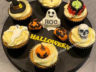 CVE-201-Halloween-Cupcakes.JPG