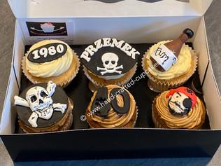 BCC-100-Pirate-Cupcakes