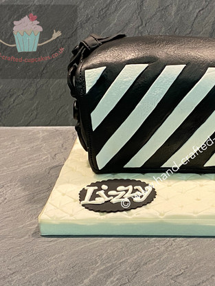 WBC-185-Striped-Bag-cake.JPG