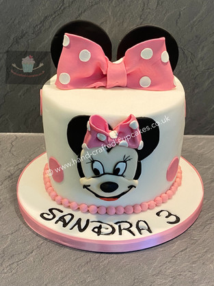 BYC-80-Minnie-Mouse-Cake.jpg