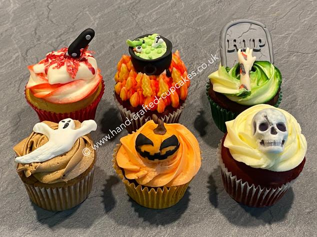 CVE-200-Halloween-Cupcakes.JPG