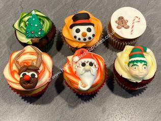 CVE-175-Christmas-Cupcakes.JPG