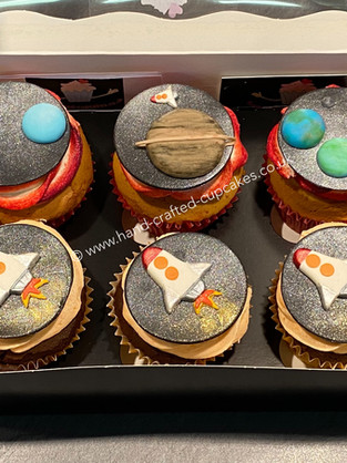 BYC-185-Space-rockets-cupcakes
