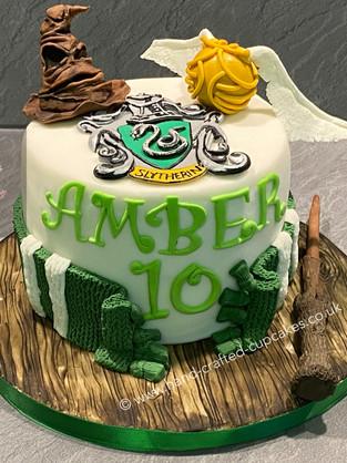 BYC-245-Harry-Potter-Cake