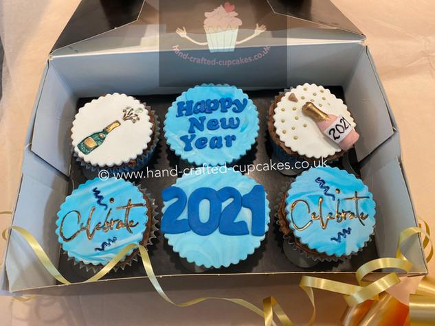 CVE-152-Happy-New-Year-Cupcakes.jpg
