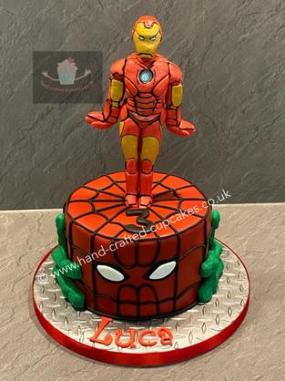 BYC-90-Superhero-Cake