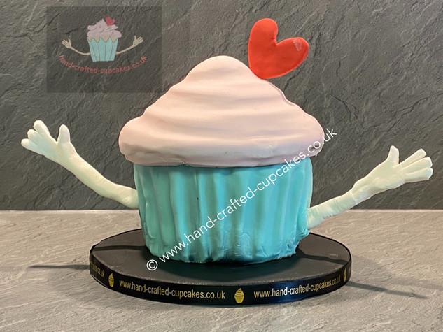 CVE-90-Giant-Cupcake-Cake-Logo.JPG
