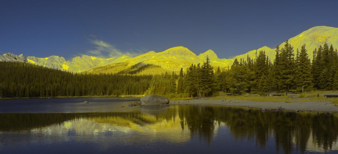 Brainard lake panorama