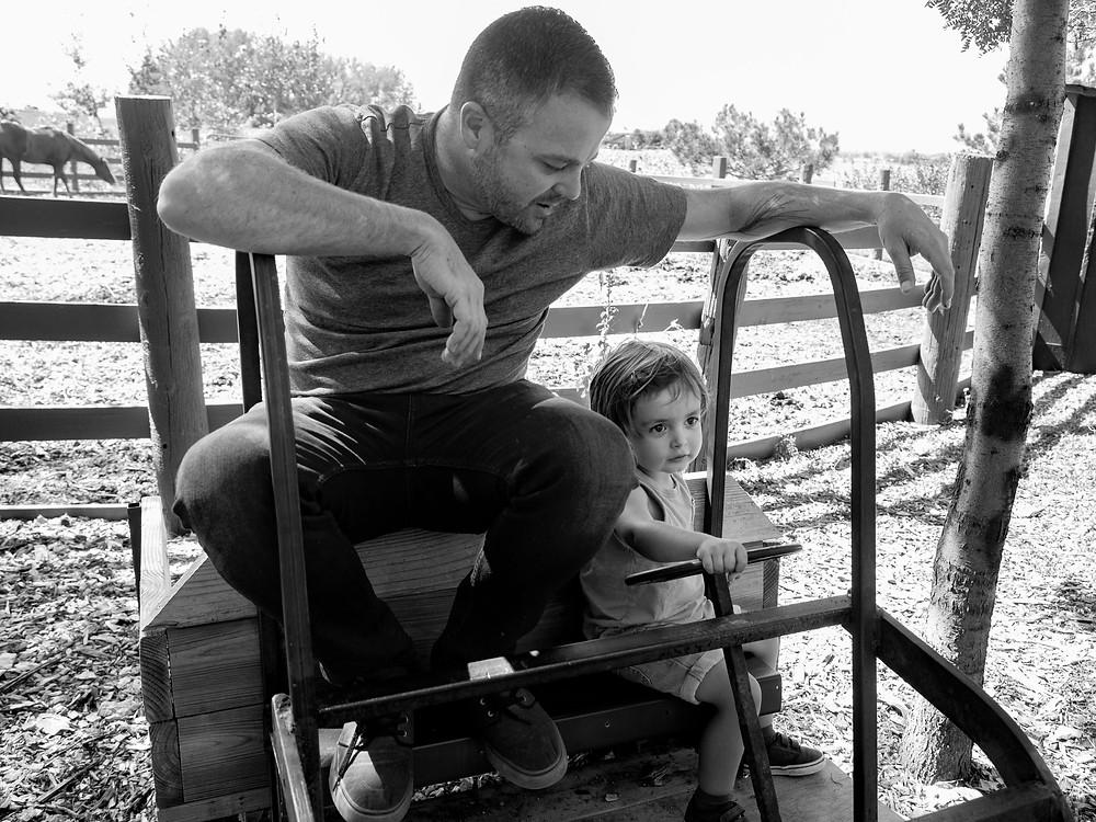 Family Photographers Near Me – Boulder, Colorado – Outdoor Portraits of Families