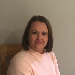 Dr Joanna Seller