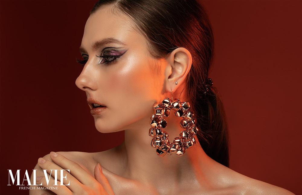 Photo & Retoucher: @yury_romanoff Stylist & Access: @helena.romanova.tm MUA: @makeup_me_siiiaa Model: @julia_pstyga Via @officialkavyar