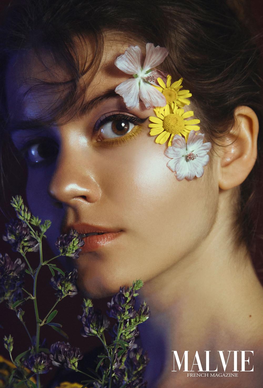 Photographer: Lia Konrad Model: Sophie Lang Make-up Assistant: Milaxmoments