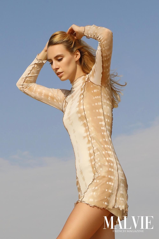 Model: Magda Swider @cyrusmodels Fashion Designer: Venera Tabakin Photographer: Photographer: Riyas Rasheed @dubaiphotographer