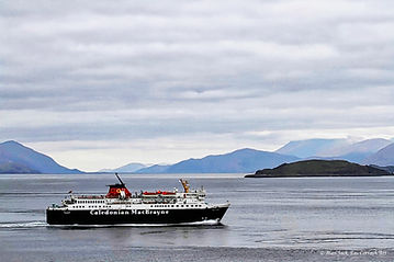 SBC 8874 Isle of Mull Ferry.jpg
