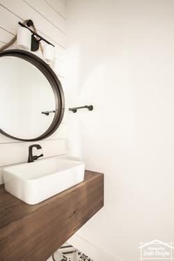 Miami Half Bathroom