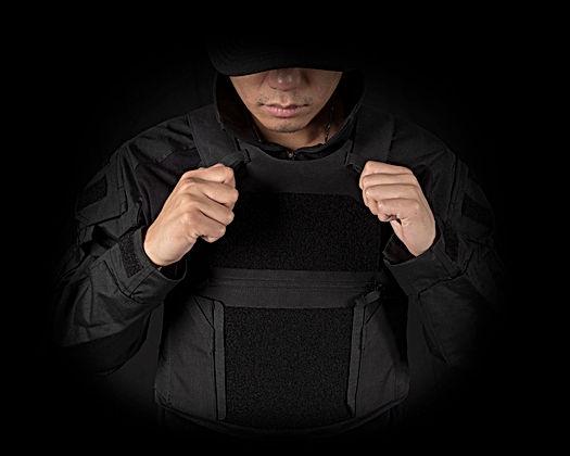 Adjustable-shoulder-and-side-straps.jpg