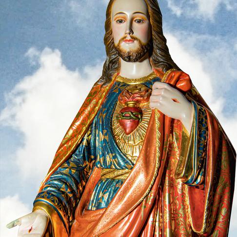 Sulle orme di Cristo Sacerdote.
