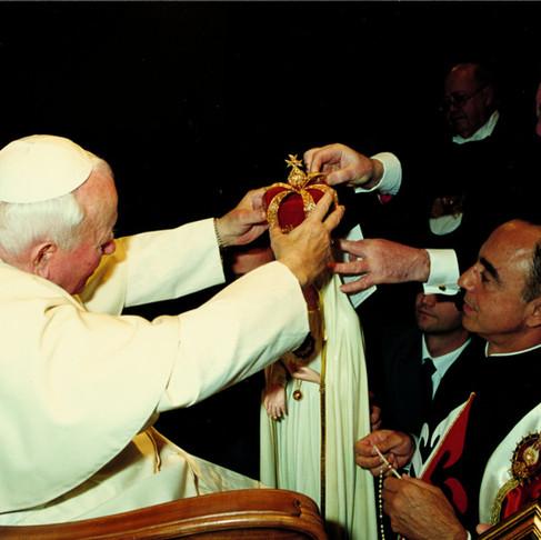 Il profondo amore di Mons. João S. Clá Dias alla Cattedra di Pietro.