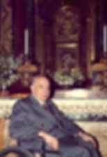 1-Prof._Plinio_Corrêa_de_Oliveira_davant