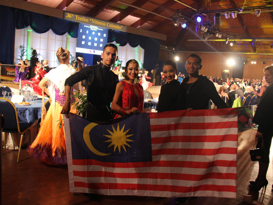 Malaysian Top Latin & Standard Couple Compete in Italy