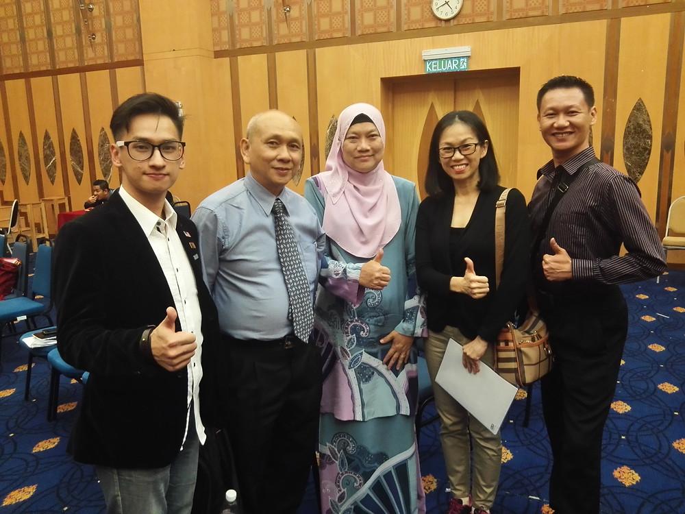Group Photo- (from Left) Chua Zjen Fong, Chua Kian Hong, Dato' Zaiton, Anita Tan, Anthony Chua