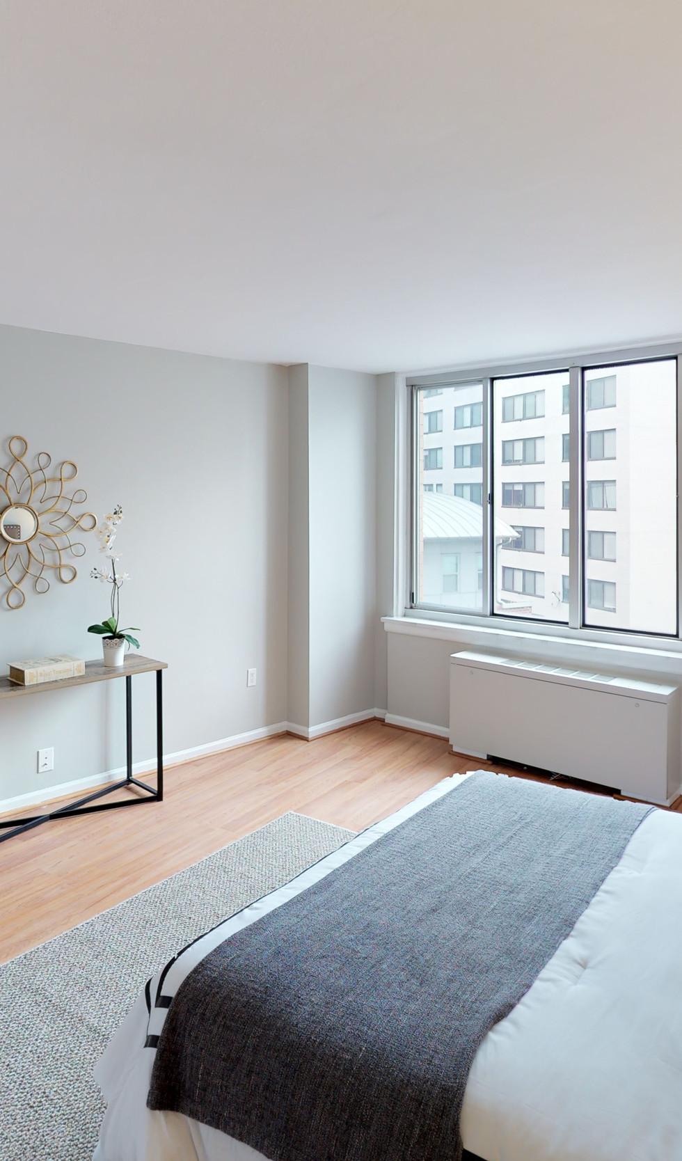 1239-Vermont-Ave-Unit-508-Bedroom.jpg