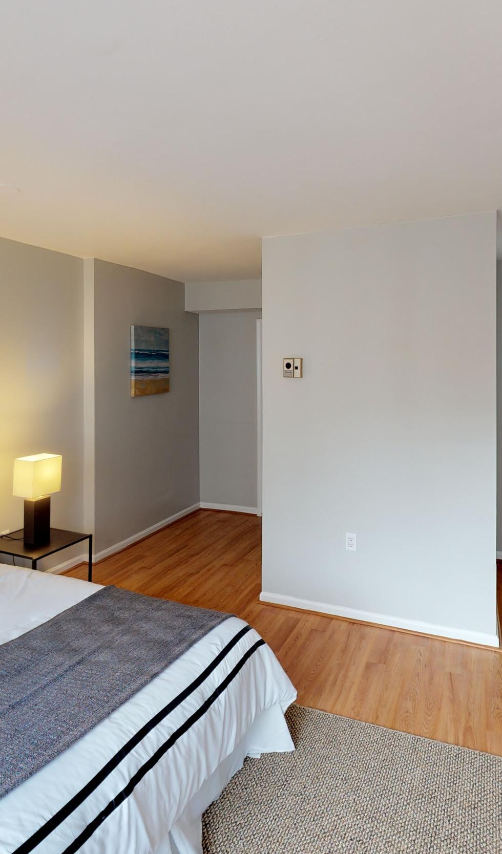 1239-Vermont-Ave-Unit-508-Bedroom(1).jpg