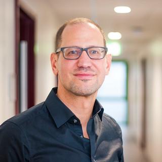 Prof. Dr. Christian Huber