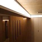 Chelsea Apartment Bespoke light beam.jpg