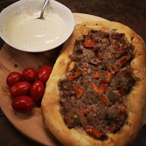 פוקצ'ה בשר
