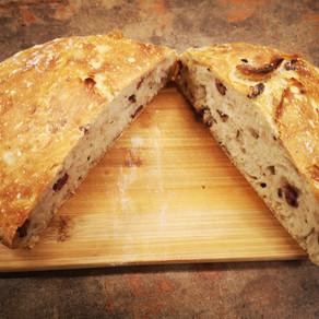לחם זיתים ללא לישה ורק 5 מרכיבים