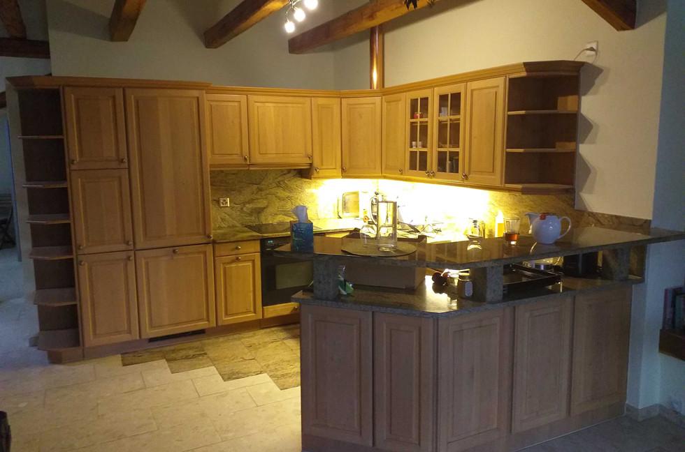 Küche alt.jpg