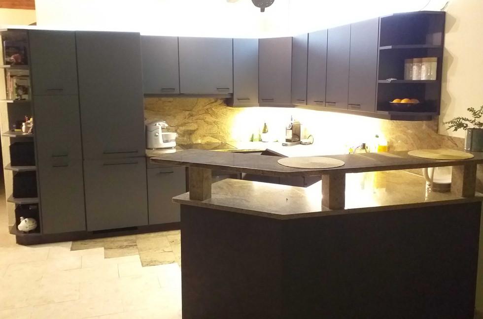Küche neu.jpg