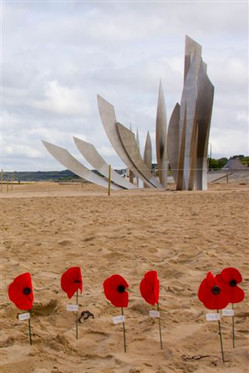 Omaha Beach memorial.jpg