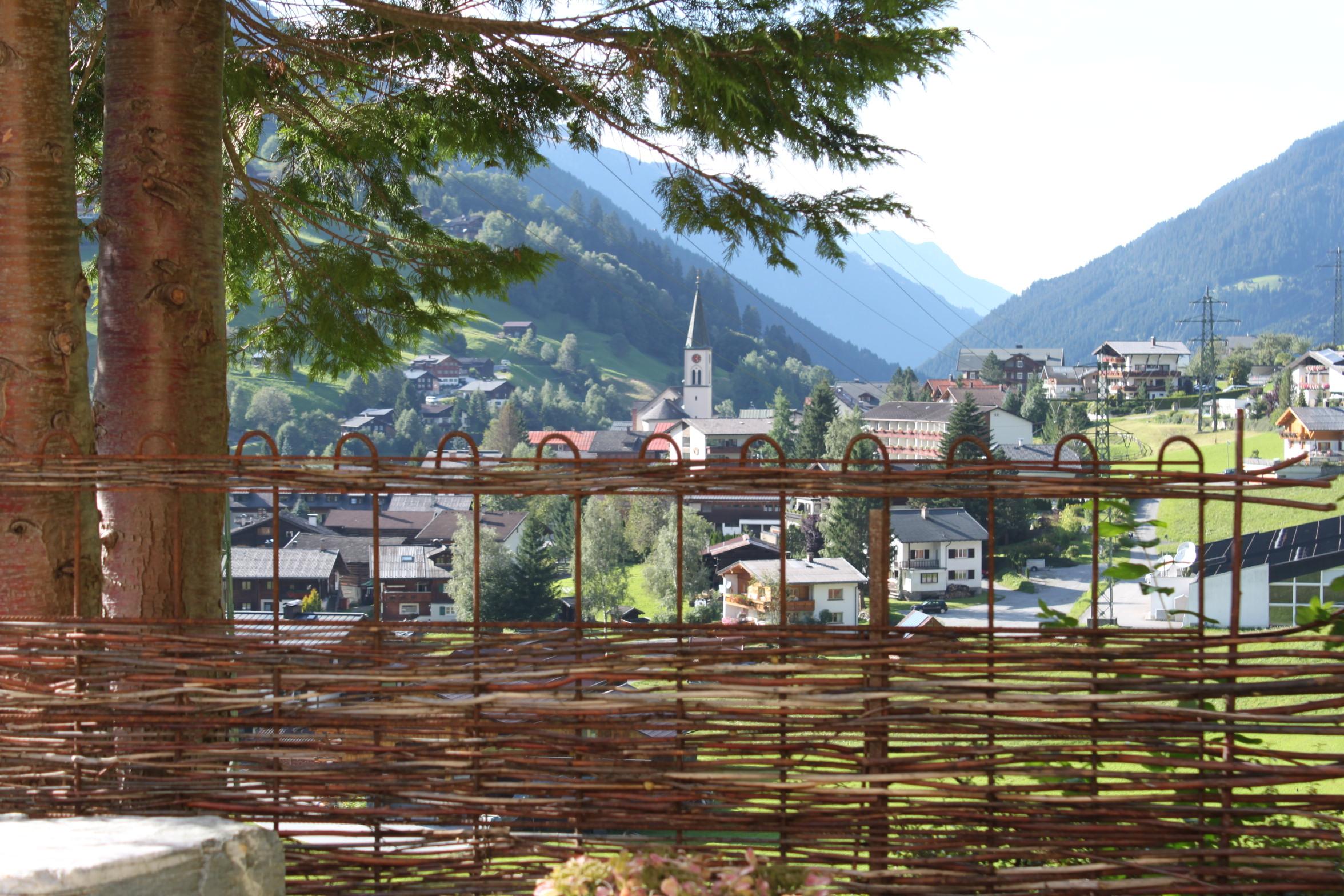 Ausblick ins Dorf