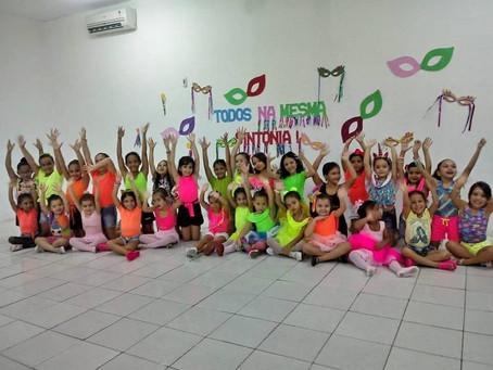 O Intellectus realizou o I Bailinho de Carnaval da Turminha do Ballet.