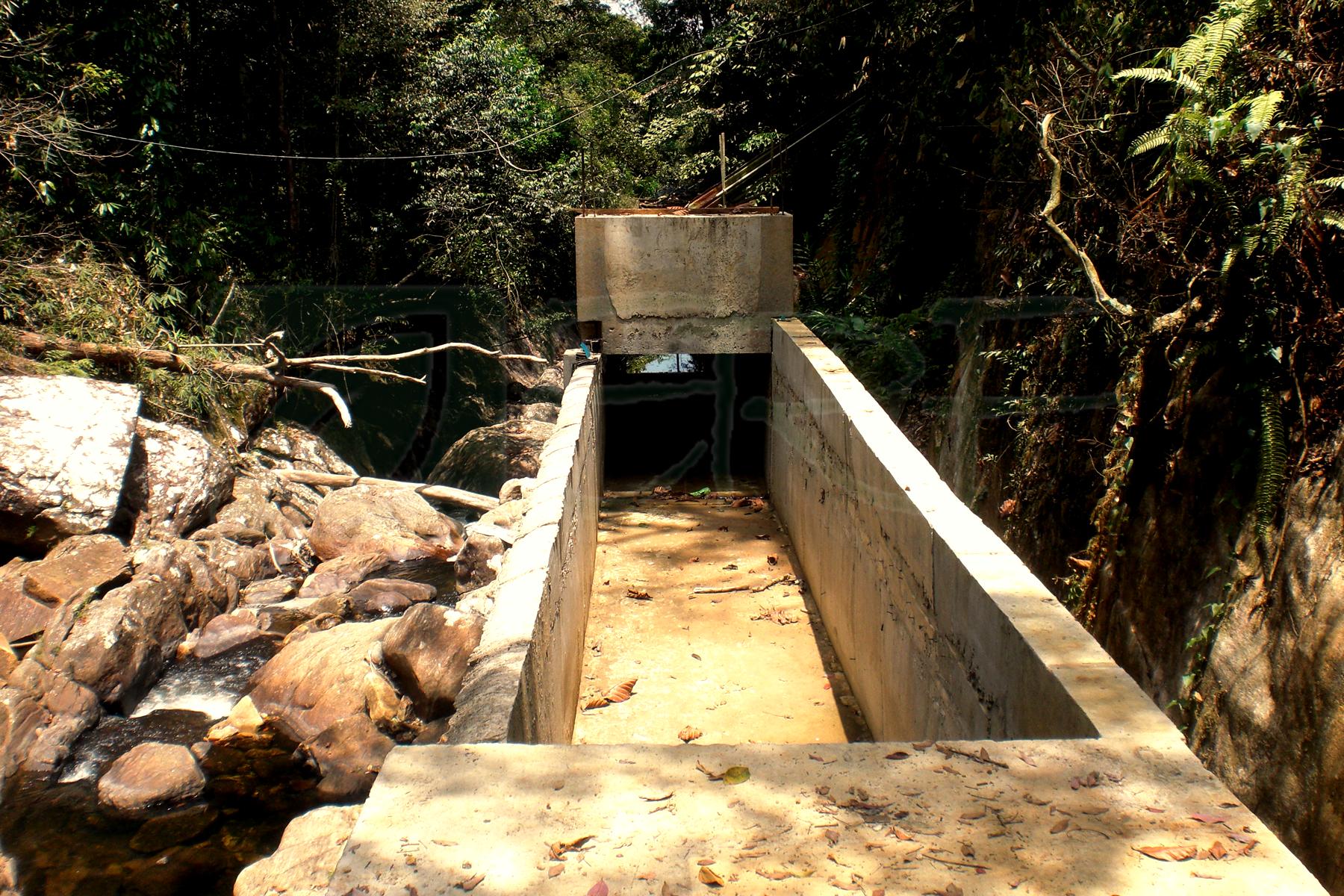 Mini hydro power plant in Koskulana