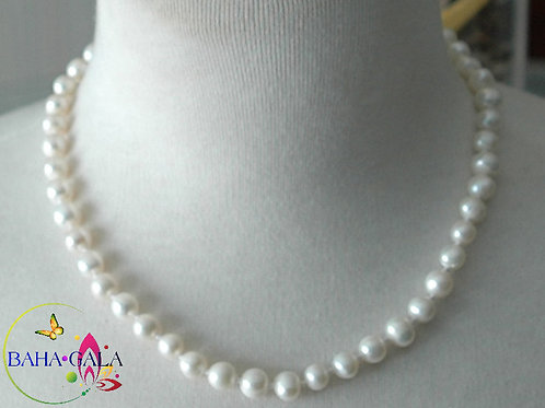 Lovely Fresheater Pearls Necklace & Earring Set.
