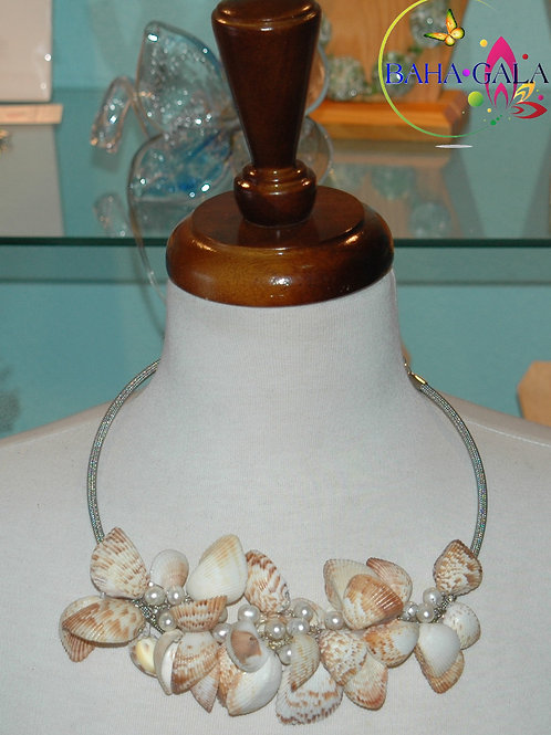 Beautiful Baby Clam Shells & Freshwater Pearls Necklace & Earring Set.